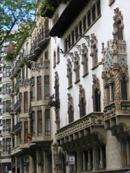 Palau Macaya, Passeig de Sant Joan