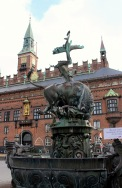 Dragon Fountain & Radhaus